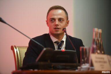 Партнер GOLAW Максим Лебедев принял участие в VIII Ежегодном форуме юрисконсультов